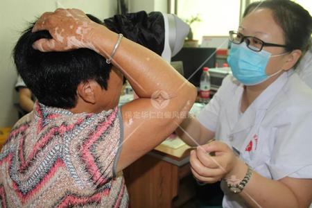 <b>健康扶贫在行动,温暖送医进乡村-华仁参加五尧乡义诊活动</b>